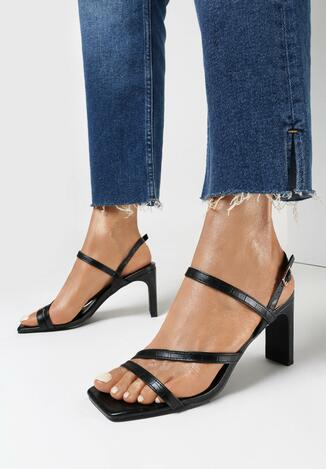 Czarne Sandały Ethemisa