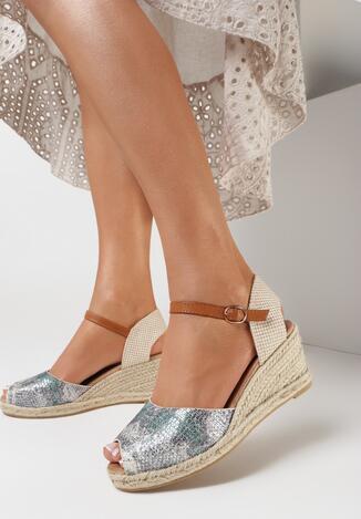 Beżowe Sandały Castetrios