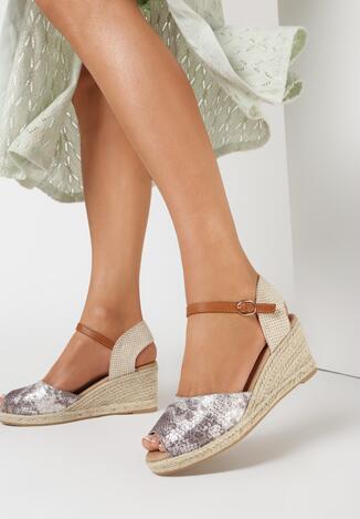 Ciemnobeżowe Sandały Castetrios