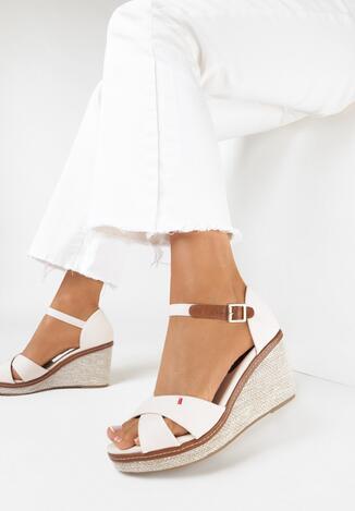 Beżowe Sandały Metigina