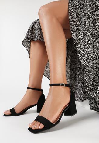 Czarne Sandały Eriphelis