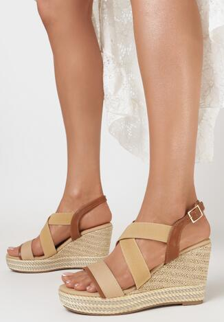Beżowe Sandały Iasiophai