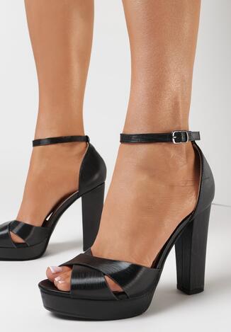 Czarne Sandały Halithea