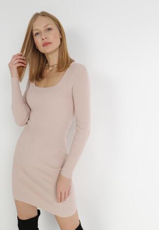 Jasnoróżowa Sukienka Dzianinowa Uemaphine