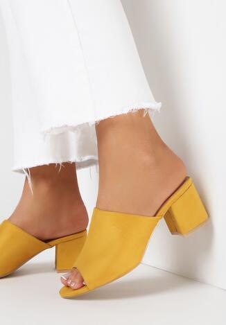 Żółte Klapki Usinyera