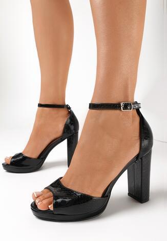 Czarne Sandały Merelure
