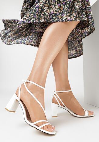 Białe Sandały Nonamis