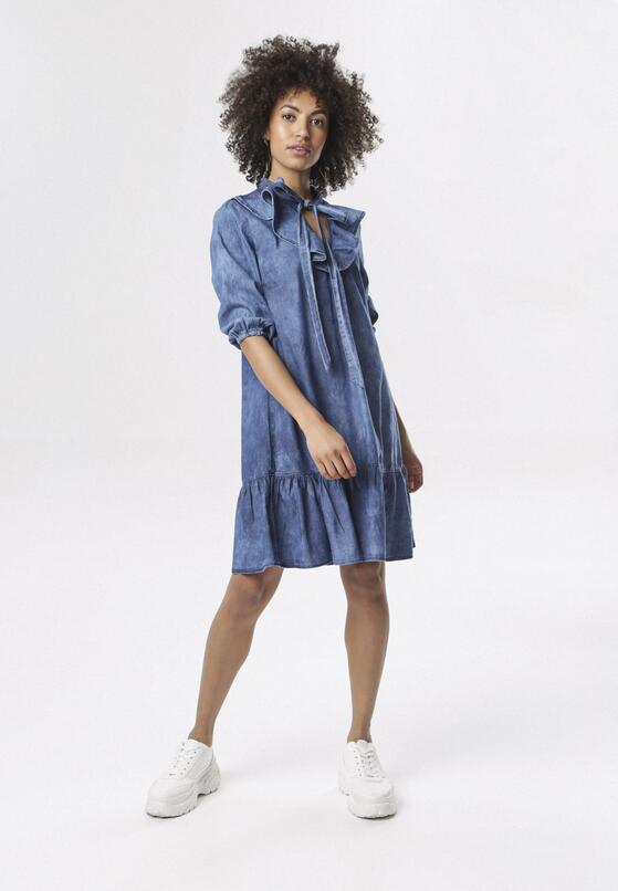Niebieska Sukienka Friller