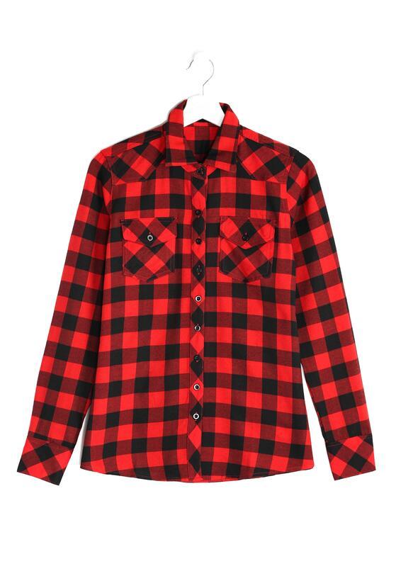 Czerwona Koszula On Fashion List