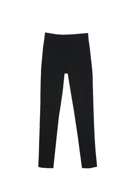 Czarne Spodnie Across The Line