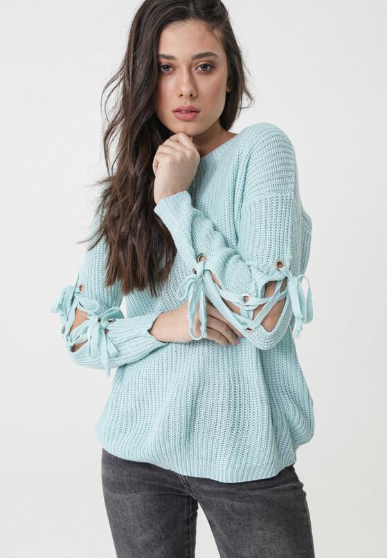 Jasnoniebieski Sweter As A Daisy