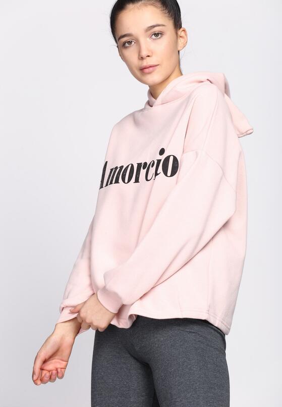 Różowa Bluza Stealing Through