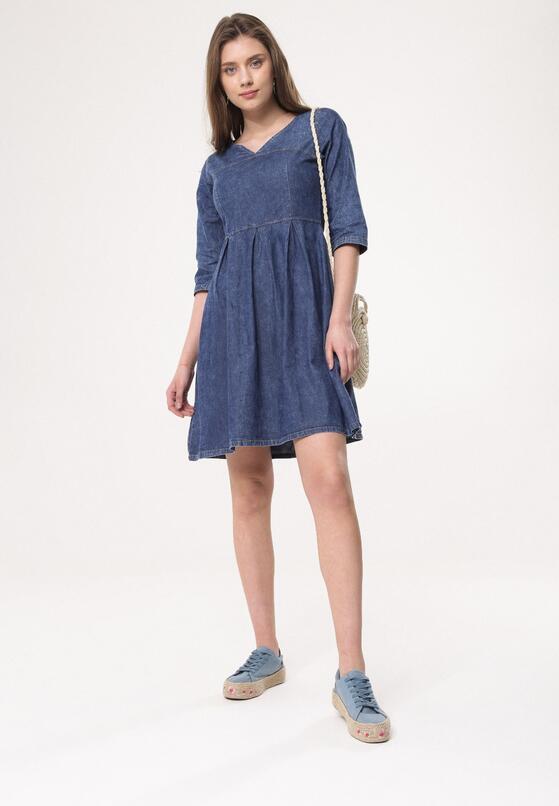 Niebieska Sukienka Sadness