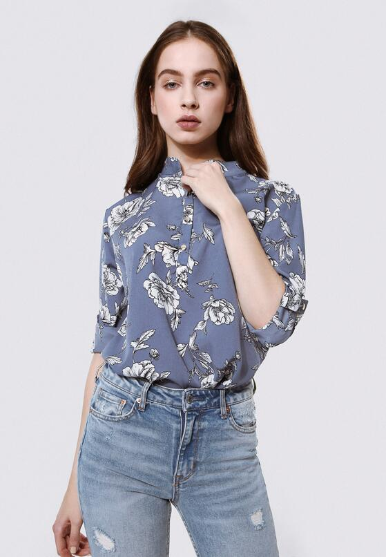 Niebieska Koszula Serial