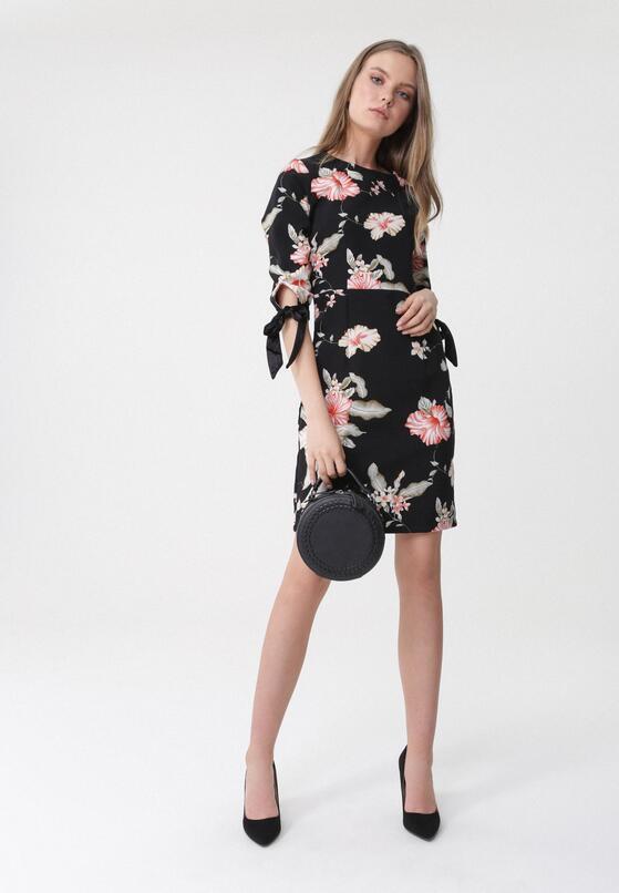 Czarna Sukienka By And By
