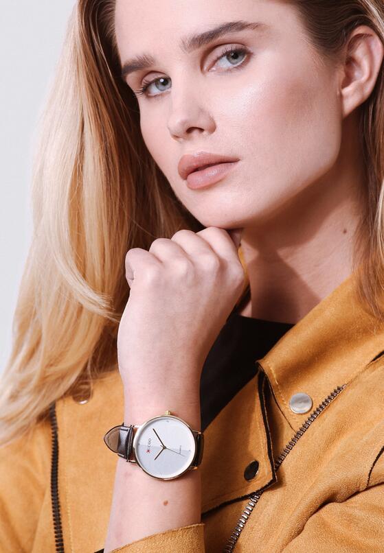 Czarno-Biały Zegarek More Desirable