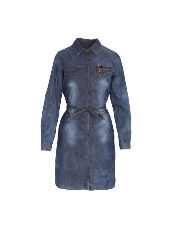 Niebieska Sukienka Feature