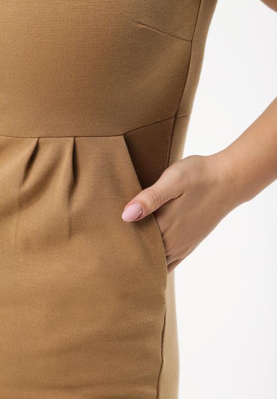 Beżowa Sukienka Restlessness