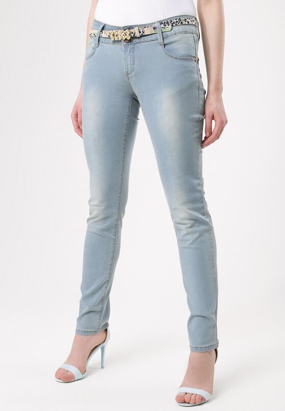 Niebieskie Jeansy Pictorial