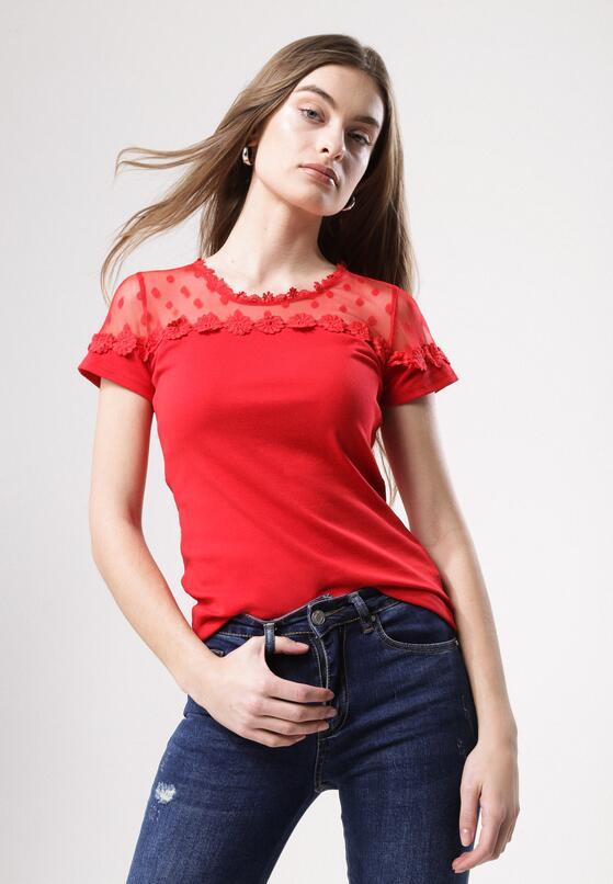 Czerwona Bluzka Immeasurably