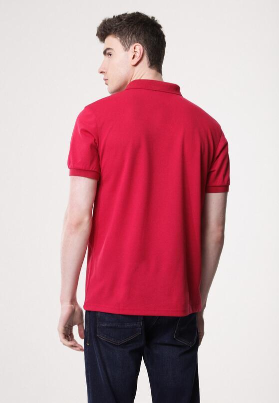 Czerwona Koszulka Gladdening