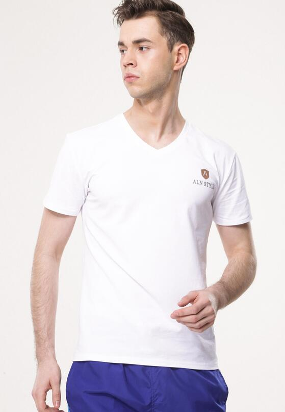 Biała Koszulka Compete Against