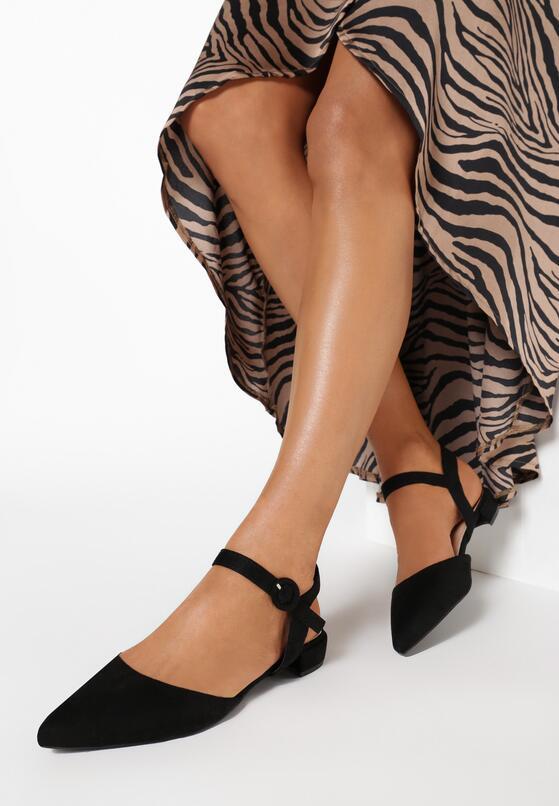 Czarne Sandały Electrodynamics