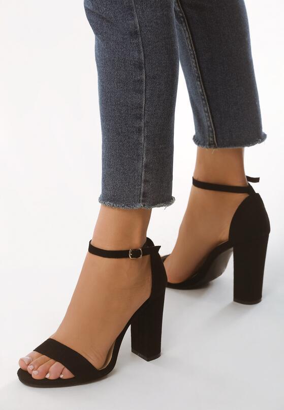 Czarne Sandały Inactivate