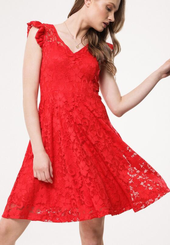 Czerwona Sukienka Sandstorms
