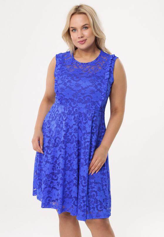 Niebieska Sukienka Thunderclap