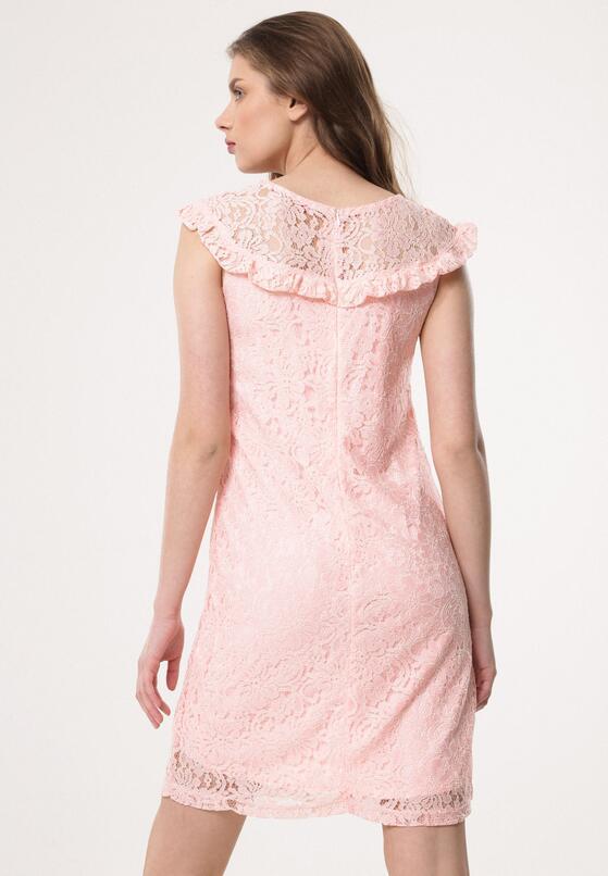 Jasnoróżowa Sukienka Quakes