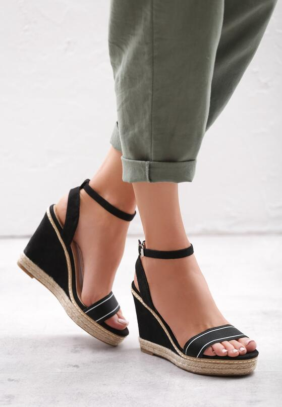 Czarne Sandały Firn