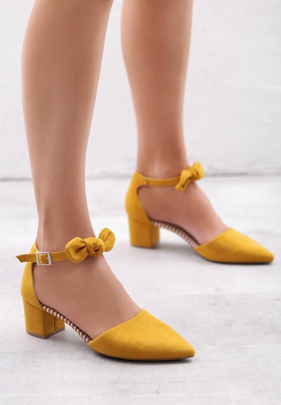 Żółte Czółenka Demystify