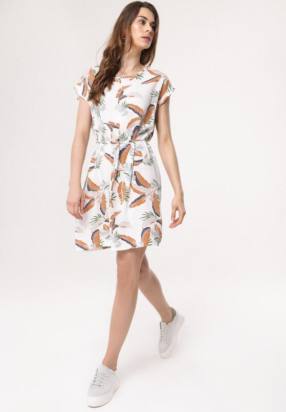 Biała Sukienka Frightening