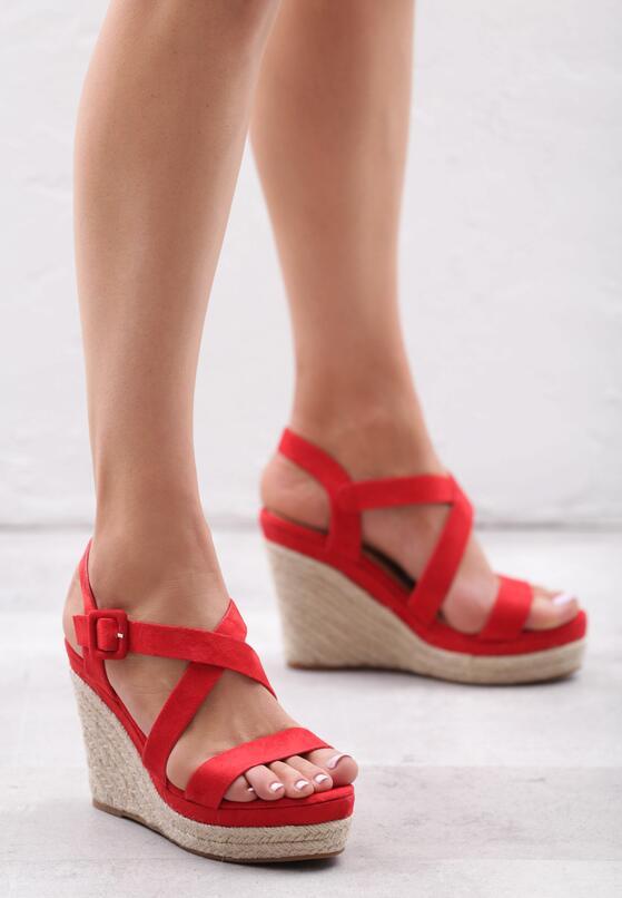Czerwone Sandały Monatomic