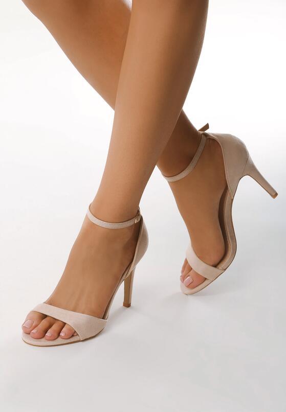 Beżowe Sandały Policy
