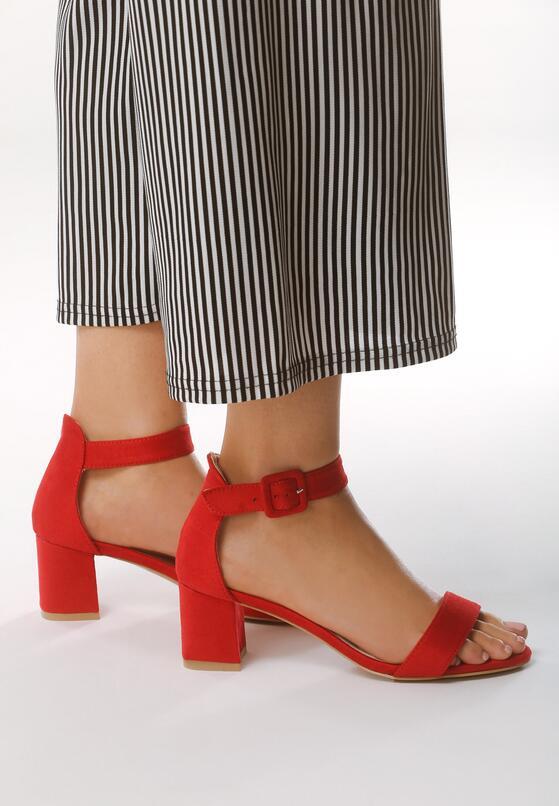 Czerwone Sandały Ware