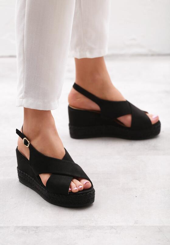 Czarne Sandały Trig