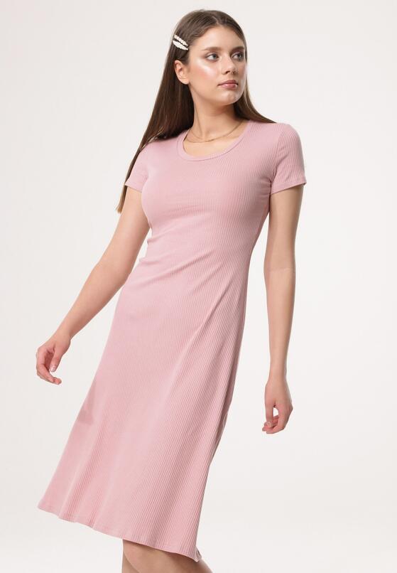 Ciemnoróżowa Sukienka Assistance