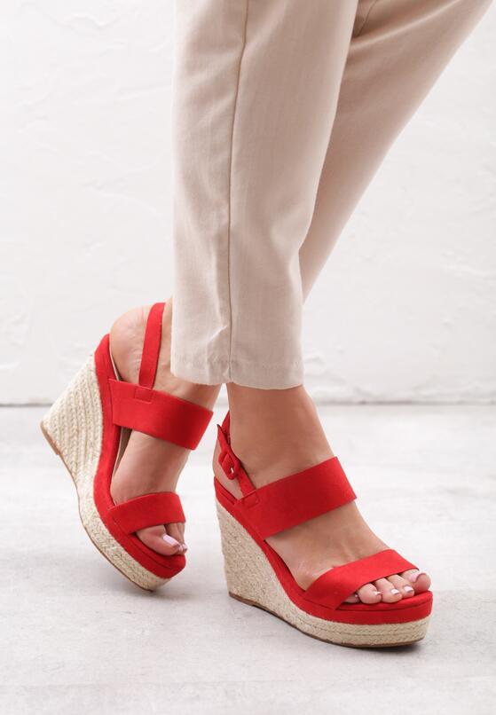 Czerwone Sandały Brigandage