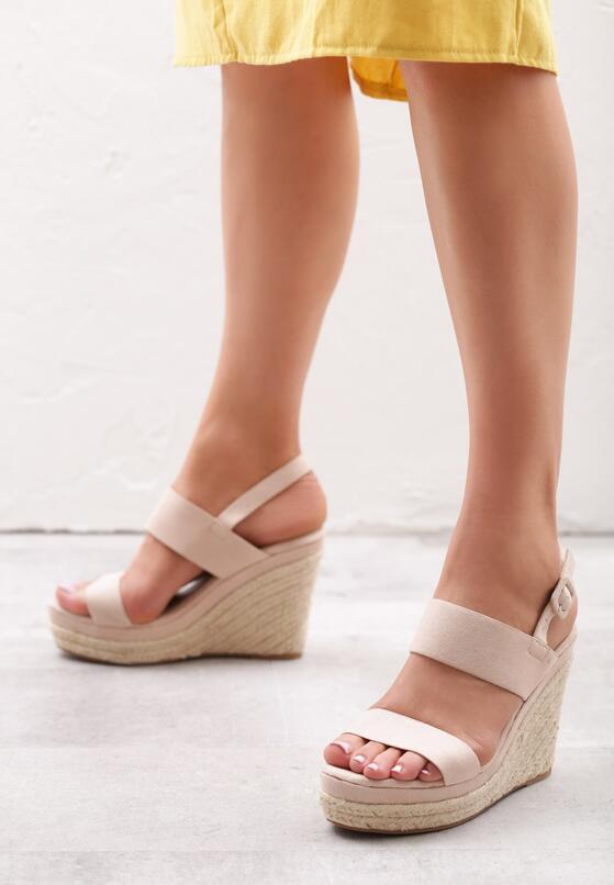 Beżowe Sandały Brigandage