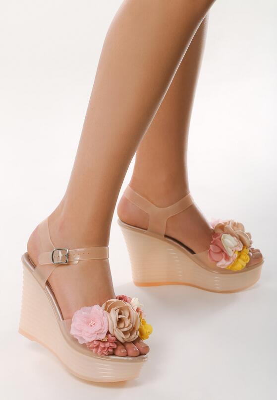 Beżowe Sandały Demurrer