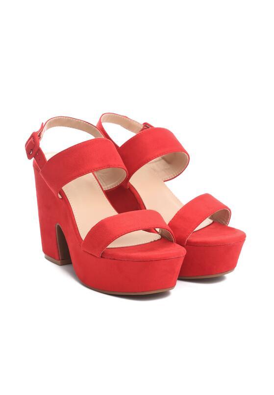 Czerwone Sandały Hurdle