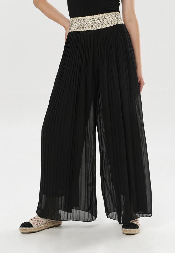 Czarne Spodnie Committed