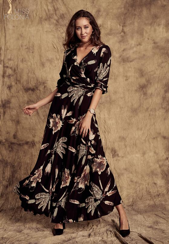 Czarna Sukienka Strict