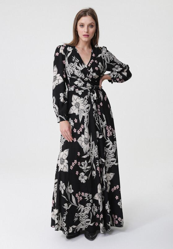 Czarna Sukienka Tomcat