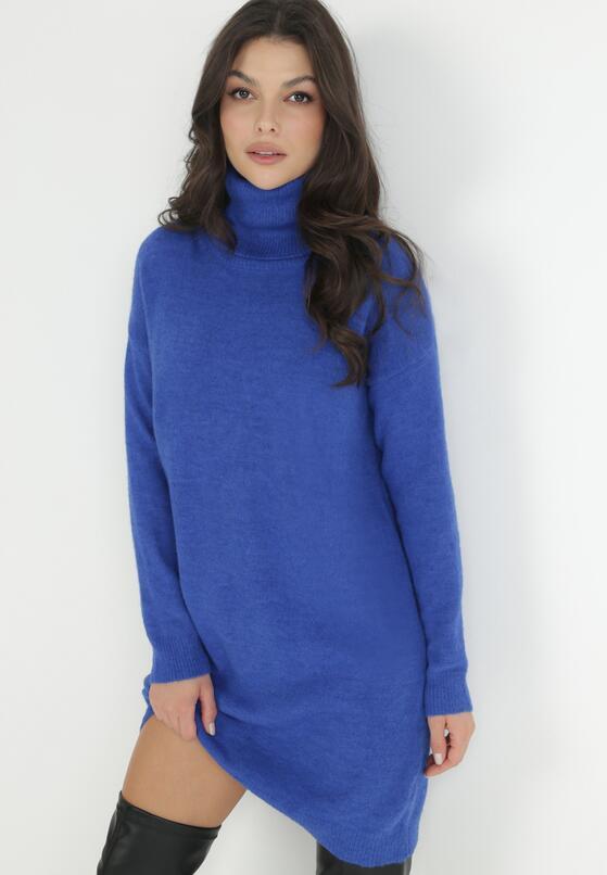 Ciemnoniebieska Sukienka Classificator