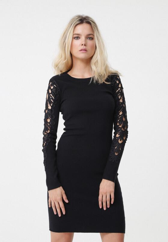 Czarna Sukienka Mckinley