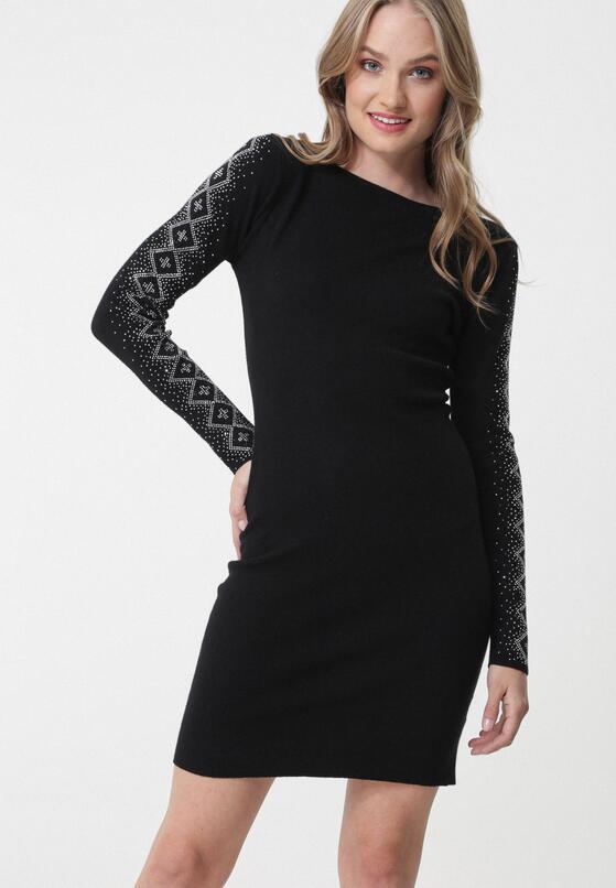 Czarna Sukienka Kareela