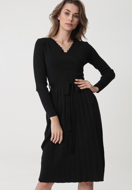 Czarna Sukienka Winnellie